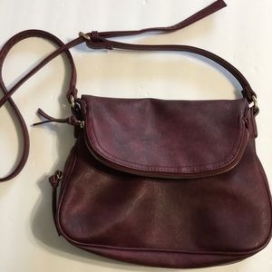 Handbags - Burgundy Zipper Purse